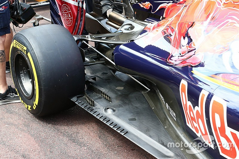 Bite-size tech: Toro Rosso floor and monkey seat