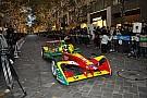 【フォーミュラE】ルーカス・ディ・グラッシが東京・丸の内でFEマシンをデモラン!