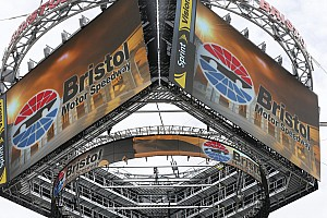 NASCAR Sprint Cup Breaking news Start of Saturday night's NASCAR Sprint Cup race at Bristol delayed