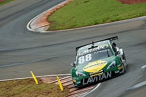 Stock Car Brasil Relato de classificação Fraga supera Barrichello e conquista pole em Curvelo