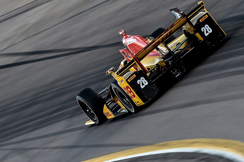 "Hunter-Reay ""deserved second place"" at Phoenix, says engineer"