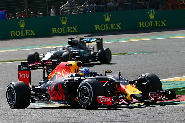 Formula 1 Breaking news Ricciardo reveals red flag saved podium after wing damage