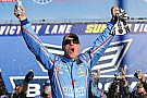 Harvick wins his way into the second round of the Chase