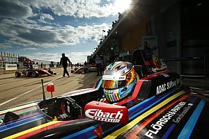 Formel 4 Blog Sophia Flörsch: Mein Auto fühlte sich an wie auf Erbsen