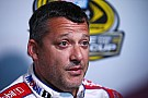 Stewart tired of fighting NASCAR: