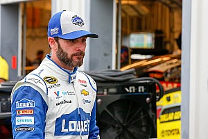 NASCAR Sprint Cup Breaking news Johnson's weekend at Kentucky begins and ends with wreck