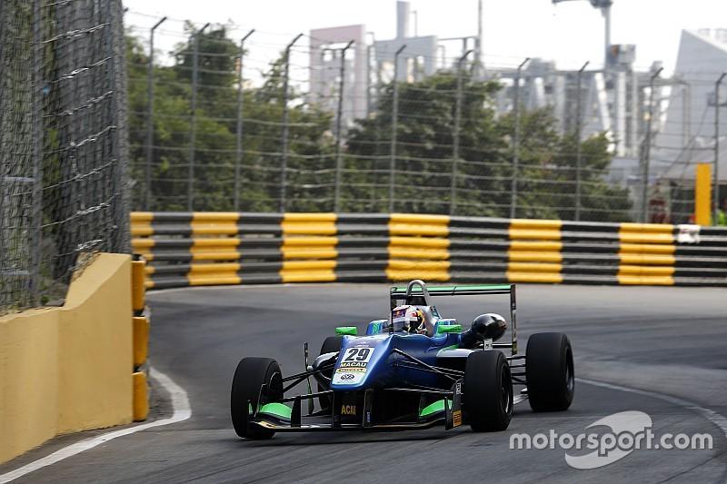 Macau GP: Da Costa grabs provisional pole as crashes mar session
