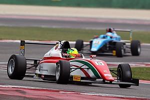 Формула 4 Новость Шумахер начал сезон с победы