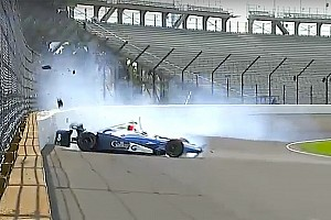 IndyCar Breaking news Max Chilton wrecks during Saturday practice
