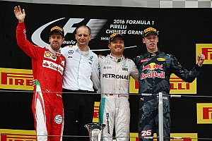 Formula 1 Race report Chinese GP: Rosberg leaves frantic action behind to take dominant win