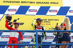 Podium: winner Valentino Rossi, Honda Team, second place Max Biaggi, Yamaha Team, third place Alex Barros, Honda Pons