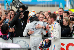 Race winner Robert Wickens, Mercedes-AMG Team HWA, Mercedes-AMG C63 DTM with team