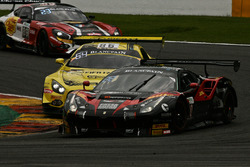 #40 Easy Race, Ferrari 488 GT3: Ferdinando Geri, Daniel Mancinelli, Gregory Romanelli, Niccolo Schiro