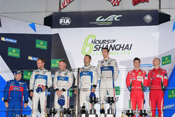 Podium GTE PRO: winners #67 Ford Chip Ganassi Racing Team UK Ford GT: Andy Priaulx, Harry Tincknell, second place #66 Ford Chip Ganassi Racing Team UK Ford GT: Olivier Pla, Stefan Mücke, third place #51 AF Corse Ferrari 488 GTE: Gianmaria Bruni, James Calado