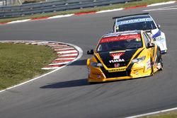 Andy Neate, Halfords Yuasa Racing