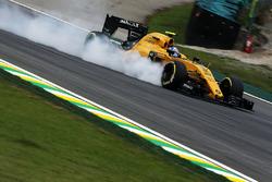 Temporada 2016 F1-brazilian-gp-2016-jolyon-palmer-renault-sport-f1-team-rs16-locks-up-under-braking