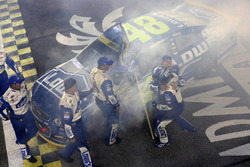2016 Champion and race winner Jimmie Johnson, Hendrick Motorsports Chevrolet