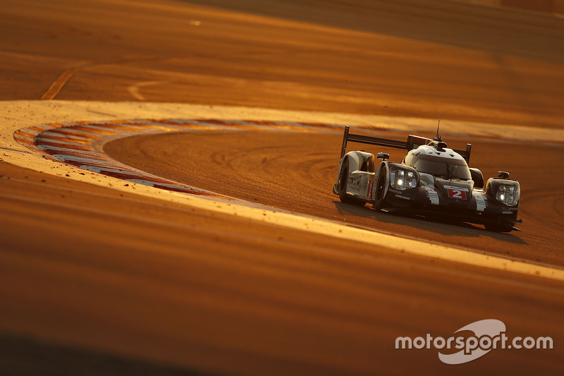 3. #2 Porsche Team Porsche 919 Hybrid: Romain Dumas, Neel Jani, Marc Lieb