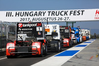 European Truck Photos - Trucks are waiting in pitlane