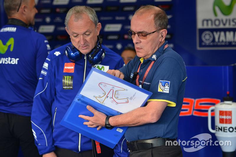 Yamaha and Michelin engineers