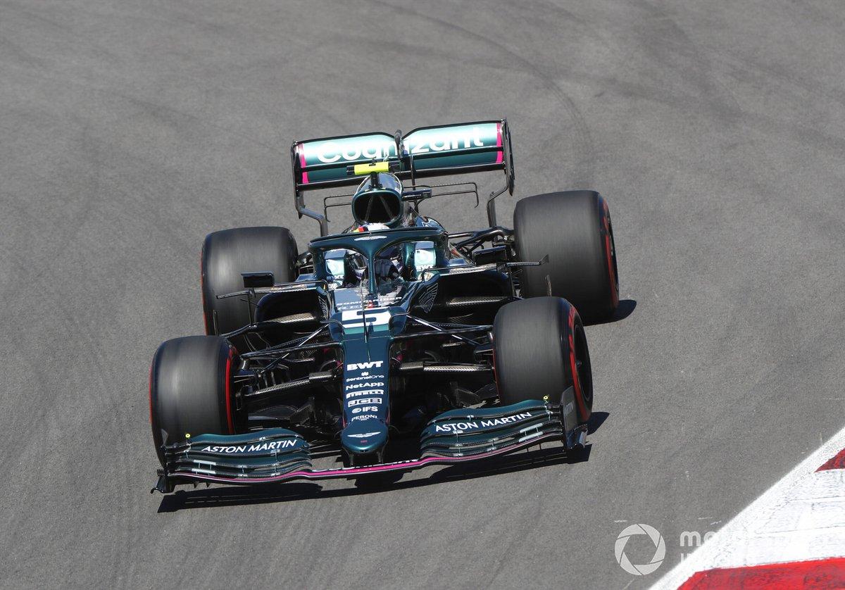 P10 Sebastian Vettel, Aston Martin AMR21