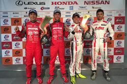 GT500 race winners Tsugio Matsuda and Ronnie Quintarelli, Nismo with GT300 race winners Kazuki Hoshino and Jann Mardenborough, Nddp Racing
