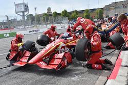 Scott Dixon, Chip Ganassi Racing Chevrolet, pit action