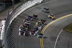 Race action with Johnny Sauter, GMS Racing Chevrolet