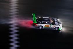 #912 Manthey Racing Porsche 911 GT3 R: Frédéric Makowiecki, Richard Lietz, Michael Christensen