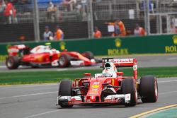 Sebastian Vettel, Ferrari SF16-H and Kimi Raikkonen, Ferrari SF16-H