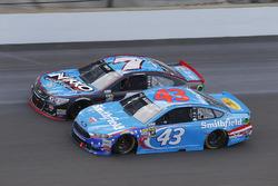 Aric Almirola, Richard Petty Motorsports Ford, Regan Smith, Tommy Baldwin Racing Chevrolet