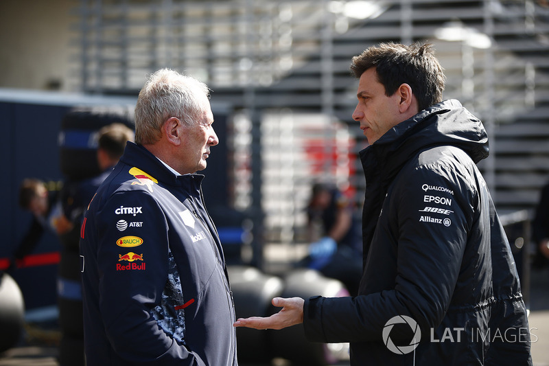 Helmut Marko, Consultant, Red Bull Racing, Toto Wolff, Executive Director Mercedes AMG F1