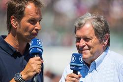 前梅赛德斯运动总监诺伯特·豪格(右)担任ARD解说嘉宾