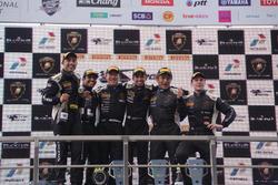 Race 2 winner Toshiyuki Ochiai & Afiq Yazid, Second place Armaan Ebrahim & Dilantha Malagamuwa, third place Yudai Uchida and Jono Lester