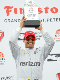 Podium: race winner Juan Pablo Montoya, Team Penske Chevrolet