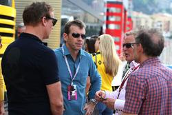 Paul Stewart with Johnny Herbert, Sky Sports F1 Presenter and Jacques Villeneuve