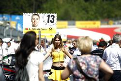 Grid girl of António Félix da Costa, BMW Team Schnitzer, BMW M4 DTM
