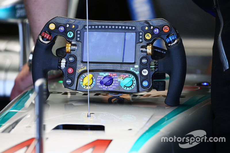 Mercedes AMG F1 W07 steering wheel