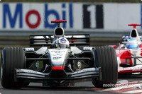 Coulthard not happy with Montoya