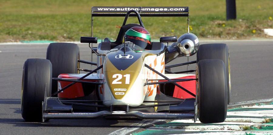 Van der Merwe double winner at Snetterton