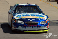 BUSCH: Waltrip paces Busch qualifying at Kansas