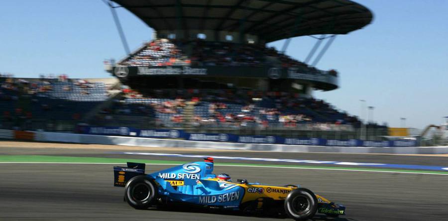 Alonso wins tense European GP