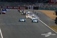 Boullion leads after first hour at Le Mans