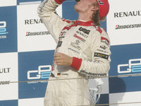 Rosberg snares inaugural championship in Bahrain