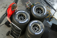 Renault not worried by Michelin decision