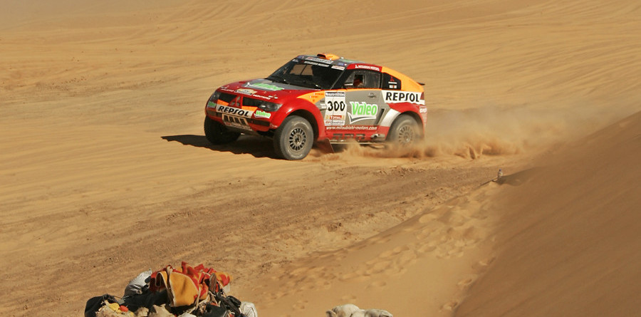 Peterhansel takes over the Dakar lead