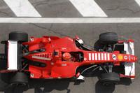 Schumacher ahead in San Marino GP last practice