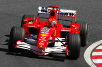 Schumacher top on Jerez day three