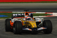 Kovalainen ends Sepang test on top
