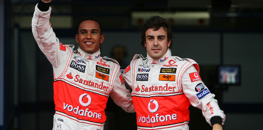 Hamilton scores pole for Japanese GP